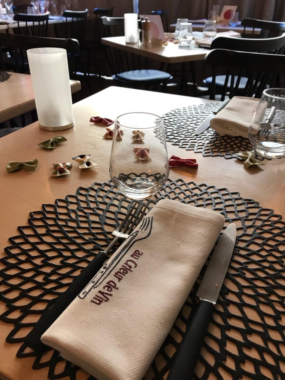 Table du restaurant Au Crieur de Vin, restaurant à Sens